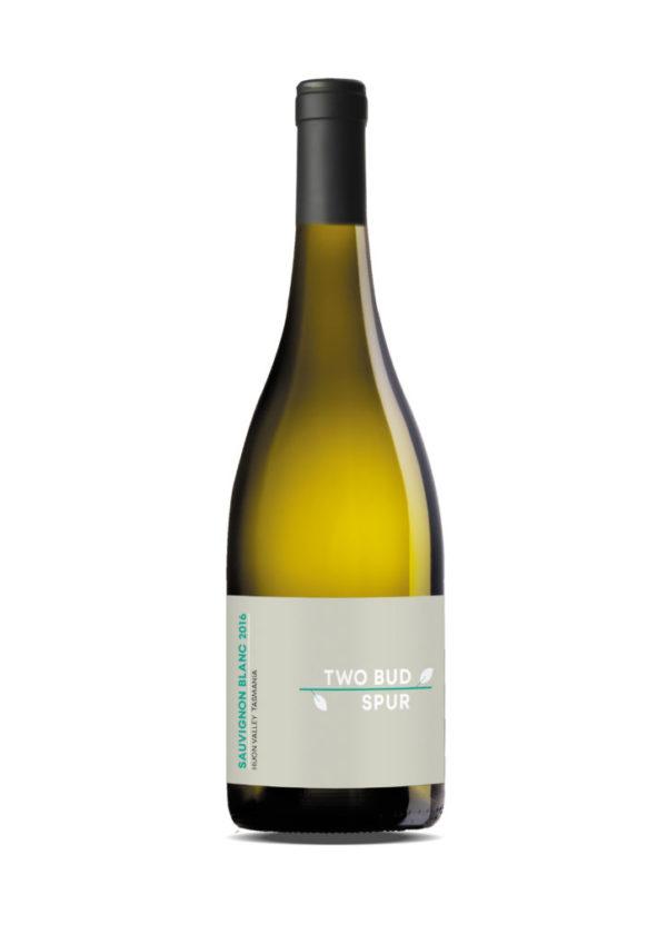 two-bud-spur-vineyard-Sauvignon-Blanc-2016-tasmanian
